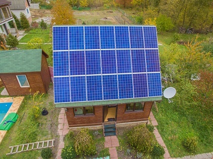 Solar panels in power supply at home