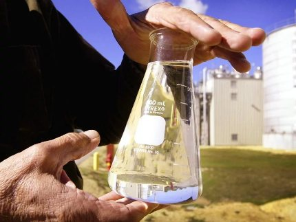 Self-cooking biofuels