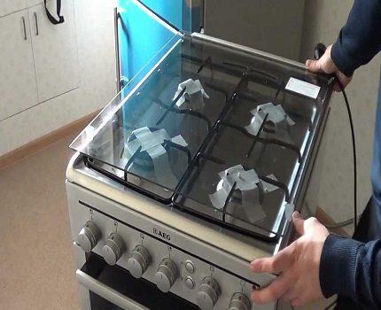 Démontage de la cuisinière à gaz