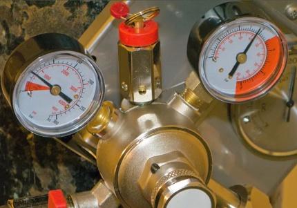 Instruments de mesure de réservoir de gaz