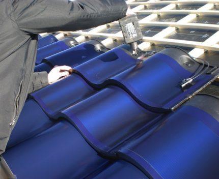 Tiled solar panel