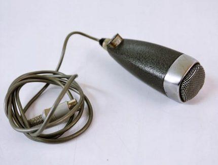 Stieples pārtraukuma mikrofons
