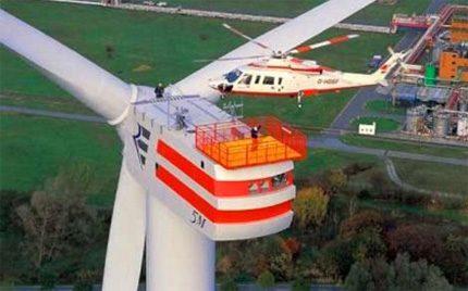 Galingas pramoninis vėjo generatorius