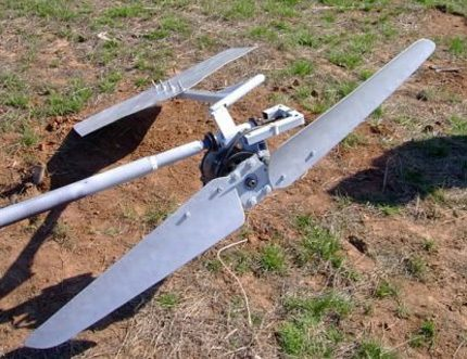 Pipe wind generator screw