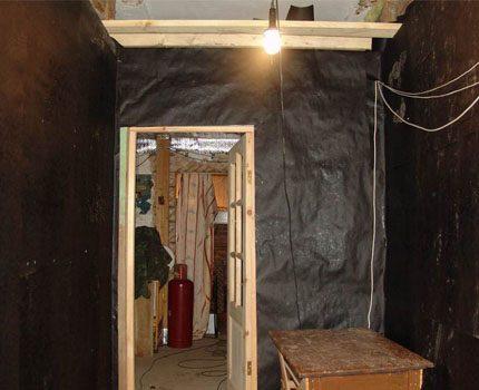 Waterproofing of wooden walls