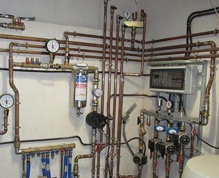 Pellet boiler tying example