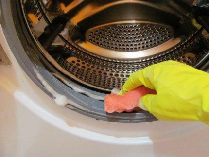 Nettoyage de la gomme à effacer