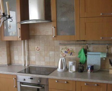 Riser de gaz dans la cuisine