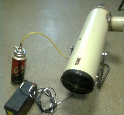 Connecting the gun to the gas canister