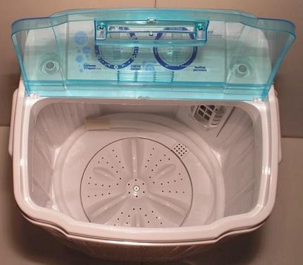 Machine à laver type activateur
