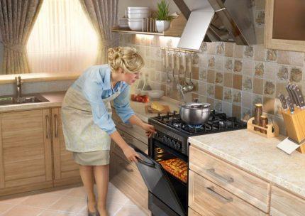 Hotte à l'intérieur de la cuisine