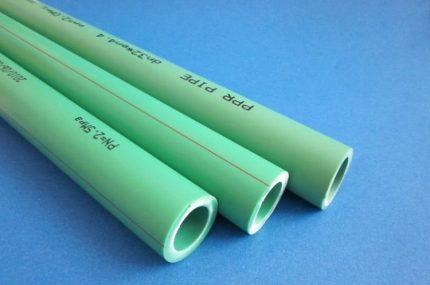 Tubes en polypropylène renforcé