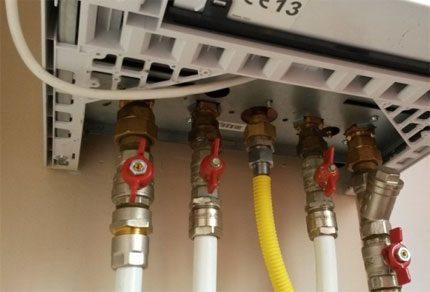 Connexion du tuyau de gaz