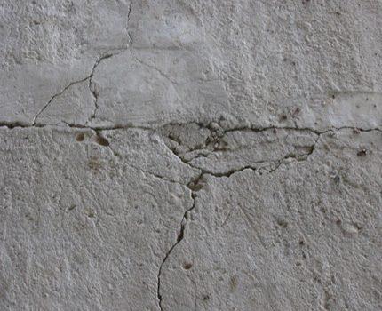 Screed Cracks
