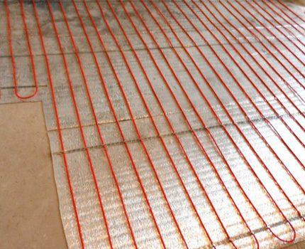 Elektrisko grīdu siltumizolācija