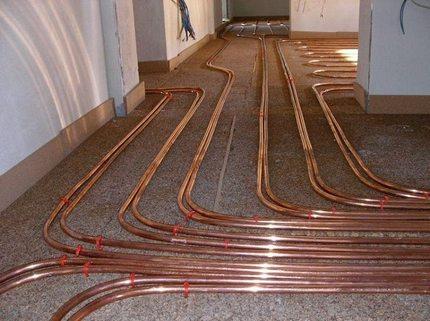 Underfloor heating using copper pipes