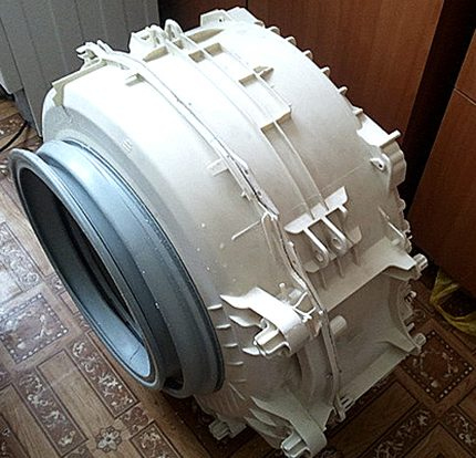 Tank removed from the machine
