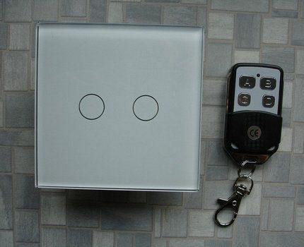 Wireless switch with remote control