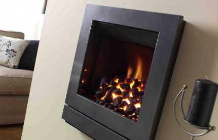Wall models of eco-fireplaces