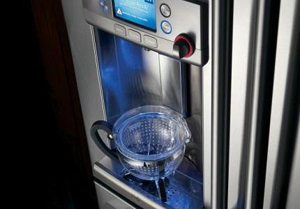 Ice machine and dispenser