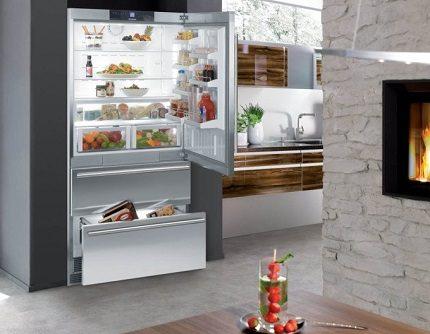 Liebher ledusskapis salonā