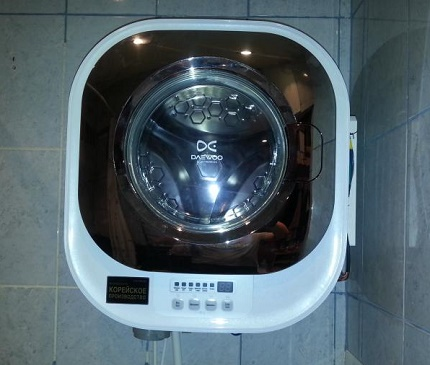 Practical wall mounted washing machine