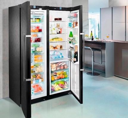 Рамо до рамо хладилник