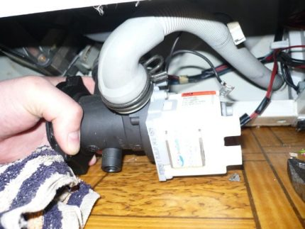 Replacing a pump in equipment