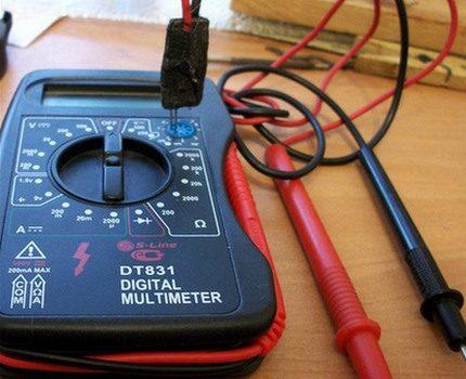 Multimeter for measuring