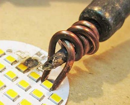 DIY LED lamp repair: the causes of breakdowns, when and how you can repair it yourself