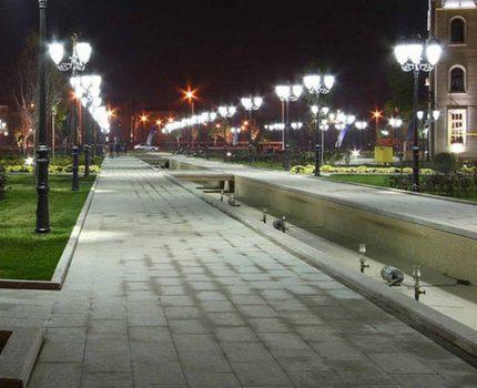 Street lighting with mercury lamps
