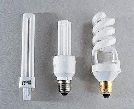 Low pressure mercury lamps