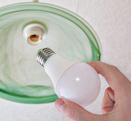 """""""Osram E27"""" LED lemputės"""