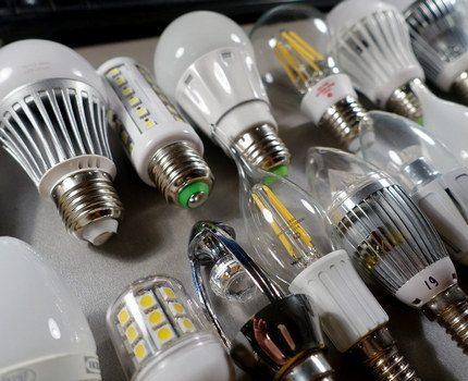Lampes LED avec différentes douilles