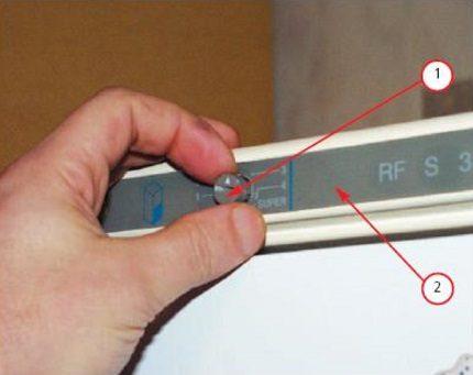 Removing the adjustment knob