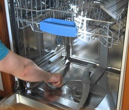 Machine cleaning process