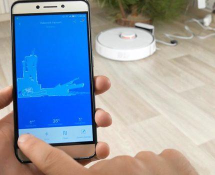 Robot synkroniseras med smarttelefonen