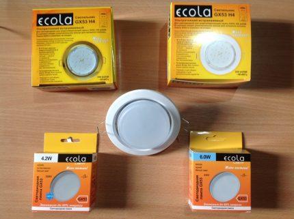 Lampes de la marque Ekola