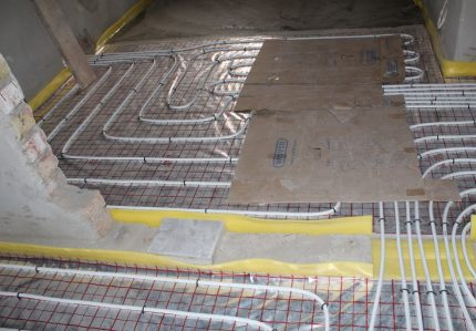 Damper tape for insulation