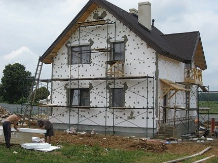 External insulation of the house