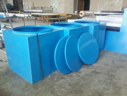 Production of plastic containers