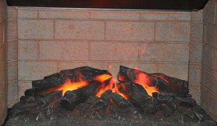 Brûlage de cheminée pour nettoyer les cheminées