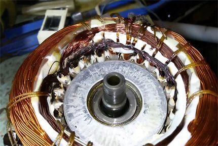 Damaged compressor winding