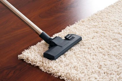 Carpet cleaning with a turbo brush