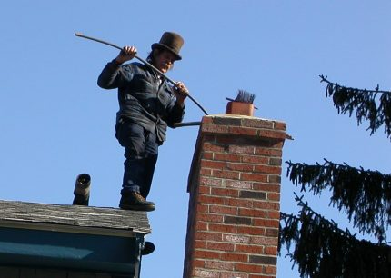 Chimney cleaning by master