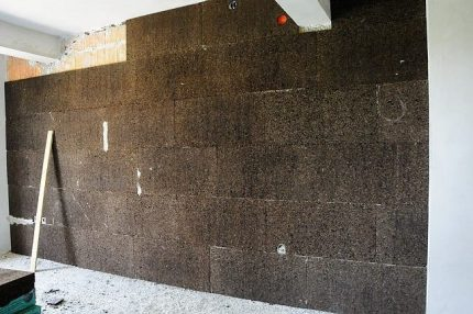 Cork insulation for an apartment