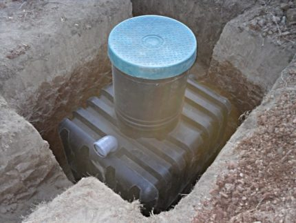Plastic drives in the drainage system