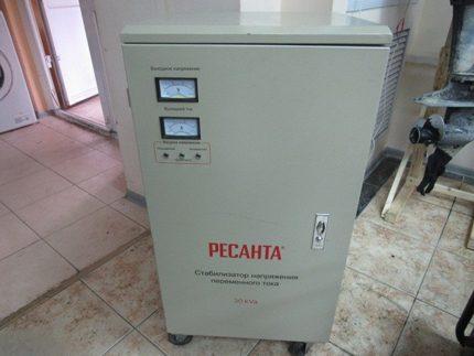 Electromechanical stabilizer