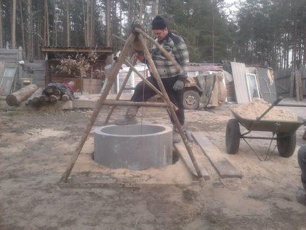 Excavation winch