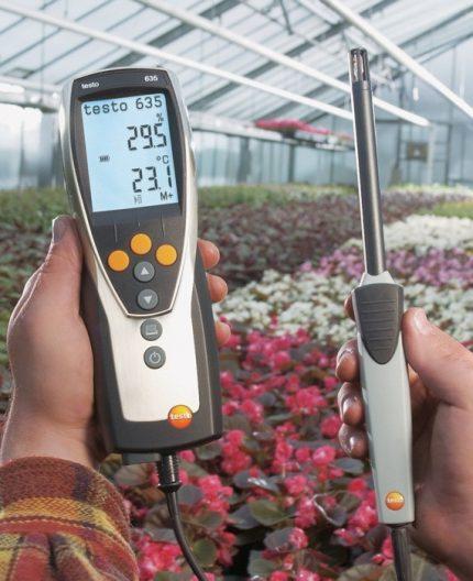 Mobile heat hygrometer